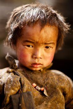 Child, Nepal, Manaslu, Travel  / Photo by Nastya Gooz