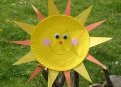 Paper plate sun: great for a weather unit! #sunny #crafts #paperplates
