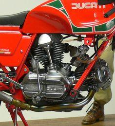 Racing Scale Models: Ducati MHR 900