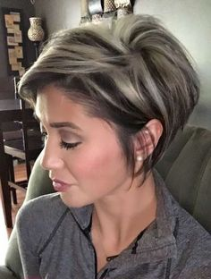 Pixie cut with platinum blond highlights.  #blond #highlights #pixie #platinum