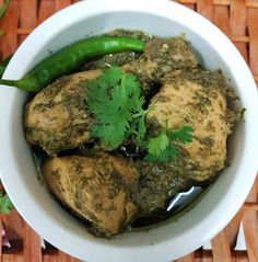 My Passion For Cooking: Green Chicken Karahi Chilli Chicken Indian, Indian Chicken Recipes, Easy Chinese Recipes, Easy Chicken Recipes, Indian Food Recipes, Chicken Recepies, Methi Chicken, Chicken Karahi, Chicken Curry
