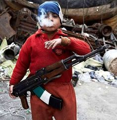 "The human race in 24 poignant photos / old Syrian ""rebel"""