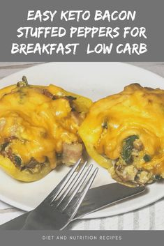 If you are sick of the same old eggs and bacon for breakfast, these keto stuffed peppers are where it's at! Now you're probably thinking where the keto breakfast comes into play with these low carb stuffed peppers. Low Carb Stuffed Peppers, Bacon Stuffed Mushrooms, Quick Keto Breakfast, Breakfast Dishes, Cheesy Zucchini Rice, Allrecipes Recipe, Seared Tuna, Emu, Low Carb Diet