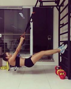 Trabalho de fortalecimento global no Trx   #treinamentofuncional #pilates #coach #vemtreinar #barrigazero #fitnesslifestyle #gym #funtionaltraining #fitness #trx #abdômenchora #endorfinadas #bhappfit #acrofitrp #foodjampa #vemcomelas #30tododia #momentoendorfina #momento30 #fitgirl #atitudeboaforma