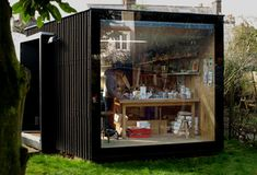 Home art studio space shipping containers 70 best ideas Container Buildings, Container Architecture, Garden Buildings, Home Art Studios, Art Studio At Home, Backyard Office, Backyard Studio, Art Studio Design, Design Art