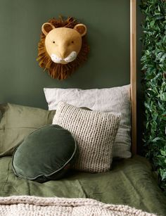 How to create a jungle theme in your child& bedroom .- So erstellen Sie ein Dschungelthema im Schlafzimmer Ihres Kindes How to create a jungle theme in your child& bedroom, # jungle theme - Safari Room, Jungle Theme Rooms, Boys Jungle Bedroom, Jungle Baby Room, Themed Rooms, Safari Nursery, Bedroom Themes, Bedroom Decor, Kids Bedroom Furniture