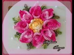 Neuma Nascimento shared a video Irish Crochet Tutorial, Crochet Flower Tutorial, Form Crochet, Crochet Flower Patterns, Crochet Motif, Crochet Designs, Crochet Doilies, Crochet Towel, Crochet Quilt