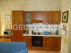 Malta, Sliema - Apartment to let €500 monthly