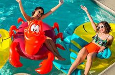 Our new Sebastian and Flounder pool floats will be available to buy online and in selected stores from Monday Will… Round Pool, Rectangular Pool, Swimming Pool House, Swimming Pools, Disney Store Uk, Kidney Shaped Pool, Elle Mexico, Pool Accessories, Pool Floats