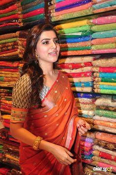 Samantha In Saree, Samantha Ruth, Best Jeans For Women, Samantha Photos, Indian Celebrities, Beautiful Saree, Bollywood Actress, Indian Actresses, Blouse Designs