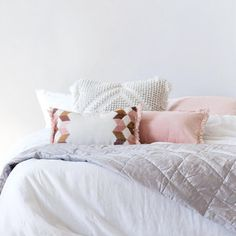 Cushions and throw love ♡ Pin for inspo!