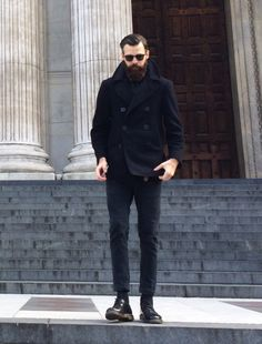 Go for a black pea coat and black chinos for your nine-to-five. Why not introduce black leather derby shoes to the mix for an added touch of style? Dr Martens Outfit, Dr Martens Style, Dr. Martens, Stylish Men, Men Casual, Look Fashion, Mens Fashion, Black Pea Coats, Black Chinos