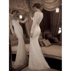 gorgeous-lace-sweetheart-long-sleeves-mermaid-wedding-dresses-with-elegant-buttons.jpg (600×600)
