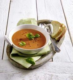 Das Rezept für Tomaten-Zucchini-Cremesuppe und weitere kostenlose Rezepte auf LECKER.de