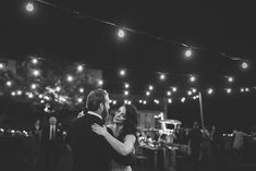First dance, bulbs lights and music... Love!