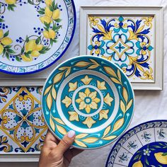 Painted Ceramic Plates, Hand Painted Ceramics, Porcelain Ceramics, Decorative Plates, Pottery Painting, Ceramic Painting, China Clay, House Tiles, Blue Pottery