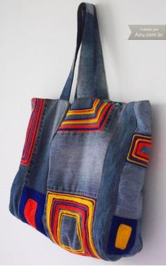 Bolsa Jeans Artesanal no Airu Jeans And Vans, Old Jeans, Denim Patchwork, Patchwork Bags, Denim Bag, Fabric Jewelry, Handmade Bags, Backpack Bags, Canvas Tote Bags