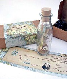 Invitación de boda con temática de viaje.