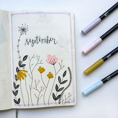A September bullet journal spread. This September bullet journal cover page has flowers and includes pastel colors. This is an easy bujo spread. Bullet Journal September Cover, Bullet Journal Monthly Spread, Bullet Journal Cover Ideas, Bullet Journal Notebook, Bullet Journal Aesthetic, Bullet Journal School, Bullet Journal Layout, Bullet Journal Inspiration, Journal Ideas