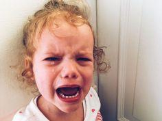 Dein Kind schreit und lässt sich überhaupt nicht beruhigen? Dieser Satz hilft: