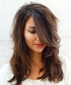Cute Hairstyles for Medium Hair Never Works Out the Way You Plan. These are easy and all time best hairstyles for women. Cute Hairstyles for Medium Hair for women elegant. #CuteHairstylesForWomen