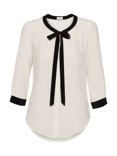 """Aritzia: Sabrina Blouse.  Honestly, I'm not tooo crazy about colour-blocking.  It usually looks a bit too geometrical for my tastes.  I love colour a lot, but I feel that most """"pre-blocked"""" things look a bit too stylized ... However, black and white colour-blocking tends to look quite pulled together.  I love how dainty the collar is (and the sleeve trim <3) :)"""