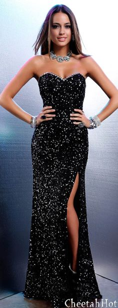https://www.facebook.com/GLAMandLuxury?ref=hl https://twitter.com/GLAMandLuxury  SHAIL K - Long Black Gown