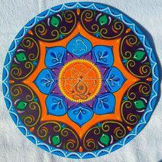 Fa mandala 30cm. Beach Mat, Decorative Plates, Mandala, Outdoor Blanket, Home Decor, Decoration Home, Room Decor, Home Interior Design, Mandalas