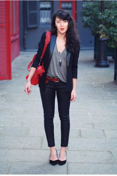 We often have grey cause tees - this looks great with a blazer!  Perfectly heavenly, sevenly.   B