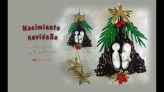 Nacimiento navideño, reciclaje de papel periódico  – Christmas birth, re...