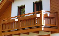 Balcony design and ideas are discussed in different articles above this post. Now we should try to cover the complete ideas for balcony grill design. Grill in balcony and terrace ideas are used as fence to cover unhappy events like danger to fall etc. Balcony Grill Design, Terrace Design, Enclosed Decks, Pallet House, House Paint Exterior, Diy Deck, Design Case, Paint Designs, Pallet Furniture