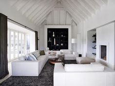 CovetED Piet Boon releases more than a book at Isaloni Golf Club Villa South Africa Living Room Interior, Country House Interior, Living Rooms, Club, Golf, Famous Interior Designers, White Rooms, Facade House, New Furniture