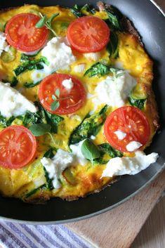 Špenátová omeleta s rajčátky Mozzarella, Vegetable Pizza, Food And Drink, Vegetables, Ethnic Recipes, Vegetable Recipes, Veggies