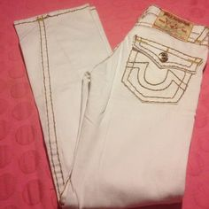 "True Religion Jeans Gently used True Religion Joey Jeans in great shape only marks see pic 4 may come out in the washer barely noticeable. rn# 112790.             Material 99% cotton 1% spandex                            Rise 7"" inseam 31"" True Religion Jeans Boot Cut"