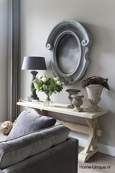Like the grey and even frame with nothing in it on wall My Home Design, House Design, House Styles, Home And Living, Interior Design, House Interior, Interior, Home Deco, Home Decor