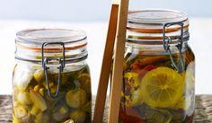Gemüse und Co. in Öl einlegen: Rezepte und Tipps