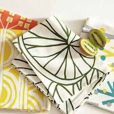 why do i love tea towels SO much?! especially love the sunshine towel...