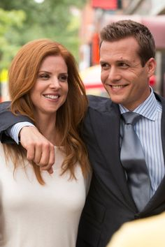 "Pin for Later: Suits Star Sarah Rafferty Reveals Some Hints About the ""Raw and Emotional"" Season Finale"