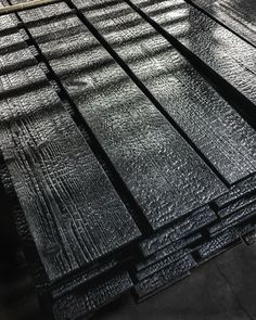 See our selection of authentic Japanese yakisugi (shou sugi ban) products readily available throughout the US & Canada. Wooden Facade, Timber Cladding, Black Cladding, Exterior Cladding, Charred Wood, Easy Wood Projects, Wood Siding, Built In Bookcase, Black House