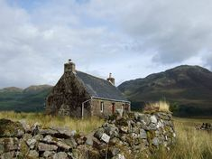 The best views in Scotland but are you hardy enough to spend a night in a bothy? - Scotland Now