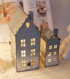 Little zinc houses
