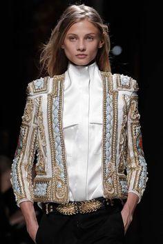 94fadff44c25b8 Balmain. how could you not fall in love  Runway Fashion