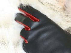 Woodpecker fashion glove made of special synthetic leather