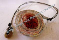 collana cordino marron ciondolo bianco con perla resina