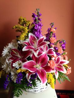 Missing spring? This beautiful bouquet of bright colors should bring those happy days back this fall.