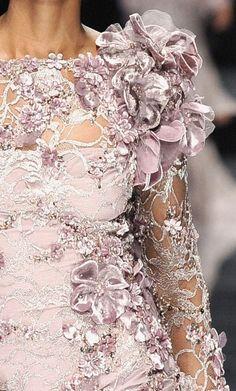 Chanel Haute Couture Fall/Winter 2007.