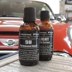 BMW・MINI  コーティング : CeramicPro9H 2レイヤー TOPコート Light 1レイヤー 下地処理 : ミドルポリッシュ  オプション ウィンドウ撥水コーティング : CeramicPro Rain 樹脂パーツコーティグ :  CeramicPro  お車は近くの工場からの排煙により洗車では落ちないミスト状の物質が付着しており除去に手間がかかりました。 また黄色のシミも多数確認されました。  可能な限り研磨によってスッキリさせ塗装面を平滑化する事により塗装本来の輝きになります。 そこへCeramicPro9H 2レイヤー TOPコートとしてLight 1レイヤー(撥水)の計3層コーティングを行いますので更なる光沢で美しく輝きました。 キレイになったお車で良いカーライフをお過ごしください。 ご利用ありがとうございました。  http://blog.goo.ne.jp/cbp-sapporo/e/e37489b668aaf60782710f7eddc4033b