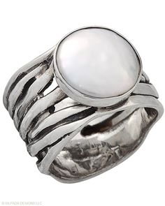 If she were to wear a #Ring, this would be it. #Coin #Pearl, #Sterling #Silver. #Silpada #Jewelry
