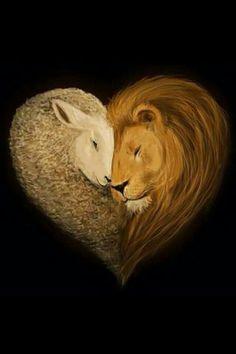 ❤Jesus veio ao mundo como um cordeiro para mostrar gentileza e bondade de Deus e vai voltar como um leão com a majestade de um rei para governar e julgar o Seu povo. ❤