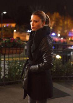 Lauren German as Chloe Decker in Lucifer (2016)